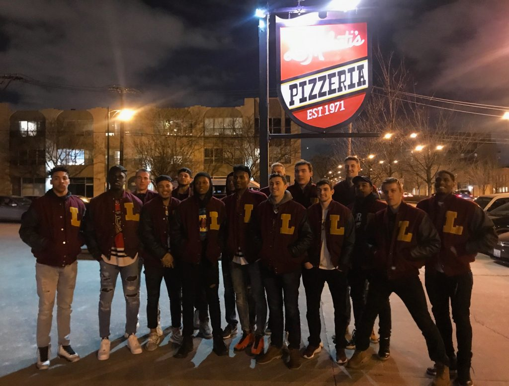 Loyola Men's Basketball Team at Lou Malnati's West Loop